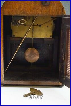 Antique C. 1910 Large Oak Cased Westminster Chiming Mantel/ Bracket Clock