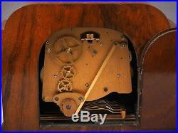 Elliott London Vintage Walnut Mantel WHITTINGTON WESTMINSTER WORKS 1/4 Chimes