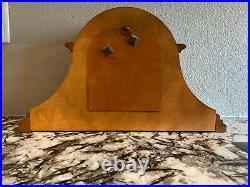 HOWARD MILLER'Worthington' Westminster Chime Oak Mantle Clock 613-102
