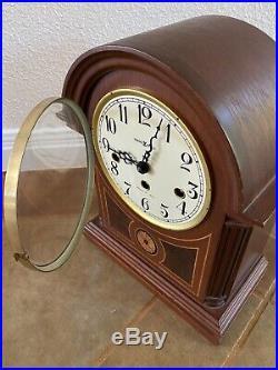 Howard Miller Barrister Model 613-180 Mantle Clock Westminster Chime with Key