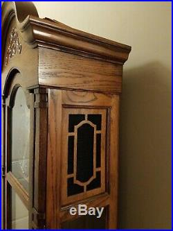 Howard Miller Grandfather clock model 610-160 Westminster chimes excellent USA