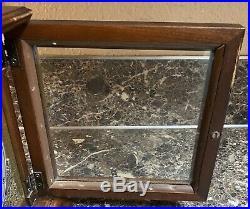 Howard Miller Westminster Chime Mantle Clock 612-437 No. 141 Vintage Key Tested
