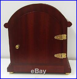New Hermle Barrister Style Mantle Clock 22919n9q