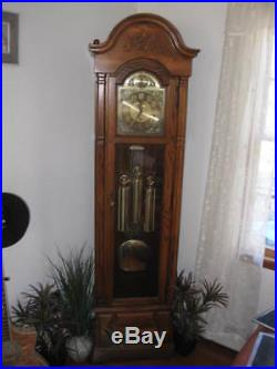 Oak Grandfather Clock Westminster Chime Howard Miller New Yorker 610-160