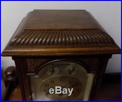Oak cased westminster chimes bracket clock