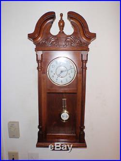Ridgeway Westminster Chime Wall Clock Urgos UW 06101A Beautiful