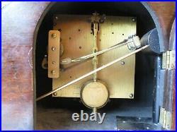 VINTAGE 1930s ART DECO WESTMINSTER CHIMING MANTLE CLOCK (WORKING)