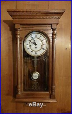 Very Nice Ridgeway Oak Westminster Chimes Wall Clock