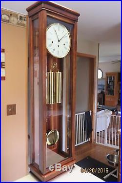 Vintage Howard Miller Milan Wall Clock Westminster Chimes 613 212