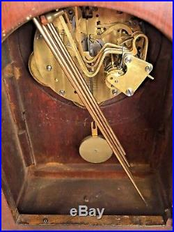 Vintage New Haven Durham Cathedral Mantel Clock with Westminster Chime Runs